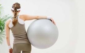3 ejercicios de glúteos con fitball